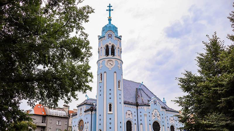 bratislava blaue kirche sehenswuerdigkeiten